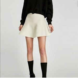 NWT Zara Ecru White Knit A Line Mini Skirt Small
